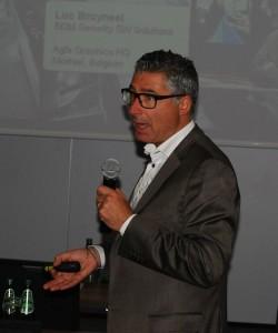 Luc Bruyneel - Business Development Manager w belgijskiej centrali Agfa Graphics zaprezentował oprogramowanie Arziro Design